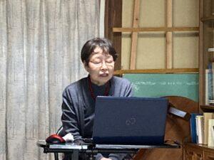 講師の松本滋恵さんの写真
